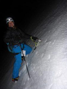 Für den Abstieg zur Biwakschachtel sind wir froh um unsere Eisbeile.